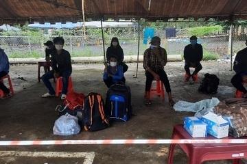 12 ngư dân đạp xe nghìn km từ Nam Định bị kẹt ở Đăk Nông: Chờ xin các tỉnh cho qua chốt