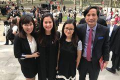 Mẹ bác sĩ có 2 con gái học bổng Harvard: Tôi chỉ định hướng, các con tự chọn bạn đời