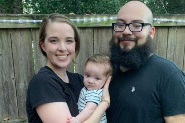 Cặp vợ chồng ở Mỹ bị mời ra khỏi nhà hàng vì đeo khẩu trang