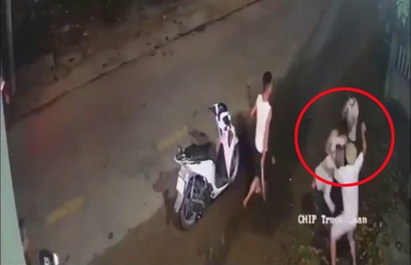 Quảng Nam: Xác minh clip nam thanh niên bị chém dã man trong đêm