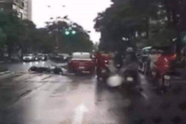 Tài xế gây tai nạn liên hoàn tại Cầu Giấy có dấu hiệu vi phạm nồng độ cồn