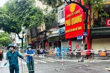 Người đàn ông tử vong ở cửa hàng vàng bạc phố Trần Nhân Tông nhiễm nCoV, chưa xác định nguồn lây