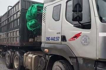 Tạm giữ lái xe đầu kéo lao xe vào Trung uý CSGT để 'thông chốt' ra Hà Nội