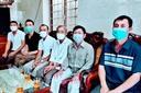 Nghệ An: 6 ngư dân thoát chết trong gang tấc nhờ quyết định bỏ tàu cứu người