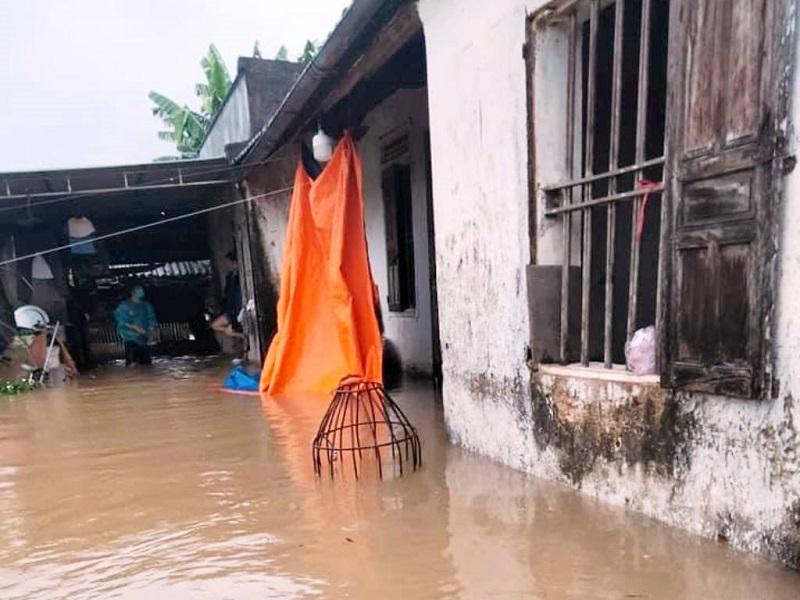 Mưa lớn,ngập nước,xã Quỳnh Lâm,sơ tán,sẵn sàng ứng cứu,Quỳnh Lưu,Nghệ An