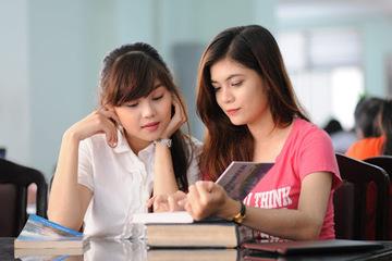 Cử nhân bằng giỏi truyền kinh nghiệm học tập, làm thêm cho tân sinh viên