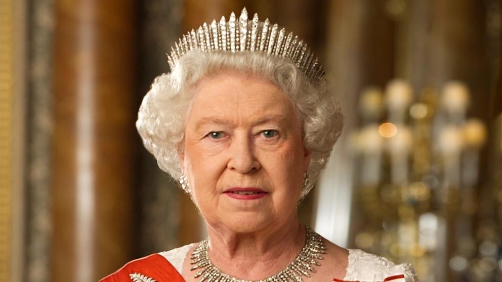 Bất ngờ với giá trị 'siêu khủng' của thương hiệu Hoàng gia Anh