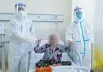 Bác sĩ cảm động trước nghị lực của những bệnh nhân U90 chiến thắng Covid-19