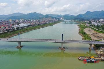 Toàn cảnh cây cầu gần 600 tỷ nối 2 bờ sông Đà vừa thông xe