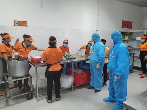 Siết chặt an toàn thực phẩm cung cấp cho khu cách ly