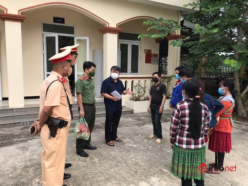 7 người đi xe máy từ Bình Dương bị lạc đường giữa đêm ở Hà Nội được giúp đỡ