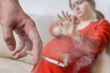97.6% phụ nữ mang thai hiểu đúng về tác hại thuốc lá thụ động