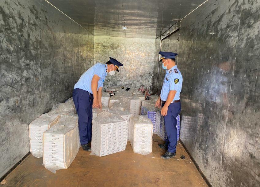 An Giang: Thu giữ hơn 4.000 gói thuốc lá ngoại các loại
