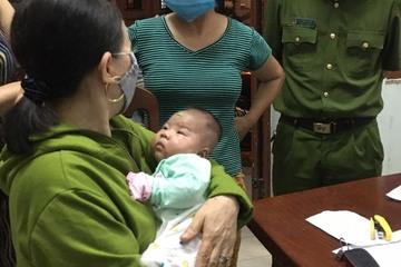 Phát hiện bé gái sơ sinh bị bỏ rơi trong giỏ nhựa cùng bức thư khẩn cầu