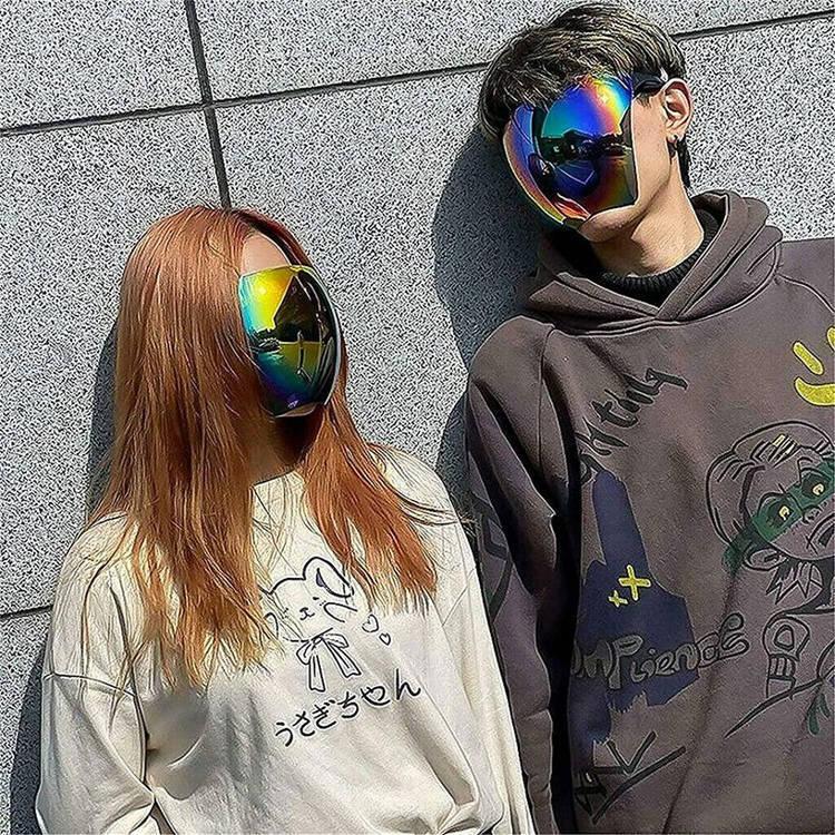 'Sáng tạo đỉnh cao' của Nhật Bản, kính râm chống tia UV toàn mặt