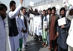Bác sĩ Afghanistan đình công vì bị chậm lương 14 tháng