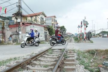 Bảo đảm trật tự an toàn giao thông đường sắt, cần xóa bỏ các lối đi tự mở