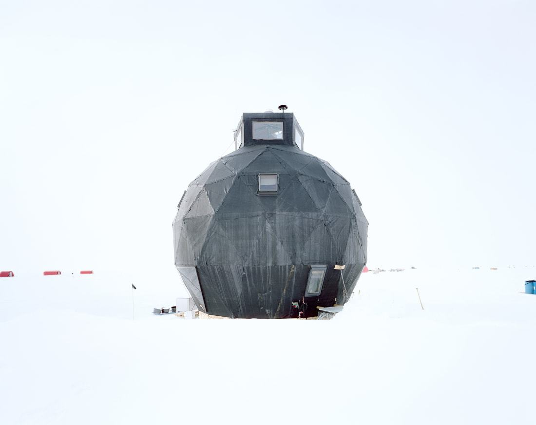Những tòa nhà độc đáo ở nơi quanh năm băng tuyết trắng xoá