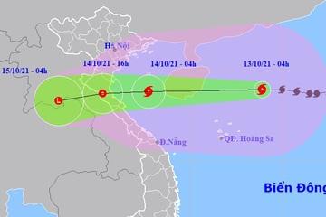 Bão số 8 cách quần đảo Hoàng Sa 270km, giảm cấp khi vào bờ biển Thanh Hóa - Quảng Bình