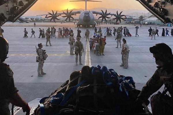 Chuyện chưa kể về quá trình sơ tán của Mỹ khỏi Afghanistan