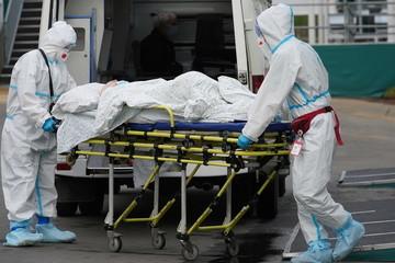 Vì sao Nga dư vắc xin Covid-19 mà vẫn có hơn 1.000 ca tử vong trong ngày?