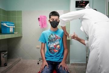 Mỹ hé lộ khả năng ngăn ngừa nguy cơ nhập viện của vắc xin Pfizer ở nhóm 12-18 tuổi