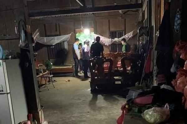 3 bố con đâm chém nhau bị thương nặng trong ngày 20/10