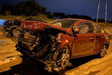 5 xe va chạm liên hoàn trong đêm ở Hà Nội, 4 người bị thương