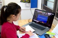 Kinh nghiệm dạy học trực tuyến: Nhà trường thành 'công xưởng' sản xuất bài giảng trước năm học mới
