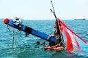 Nghệ An: Giúp người khác khắc phục tàu chìm, một ngư dân mắc kẹt dưới nước tử vong