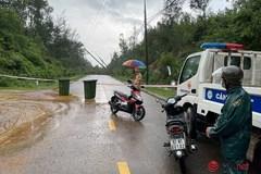 Quốc lộ 1A qua Quảng Nam thông tuyến, giao thông ở miền núi lại bị chia cắt vì sạt lở
