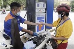 Giá xăng tiếp tục tăng cao, áp sát gần 25.000 đồng/lít