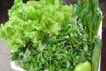 Thói quen ăn rau sống: Ngon, tốt nhưng dễ nhiễm ký sinh trùng